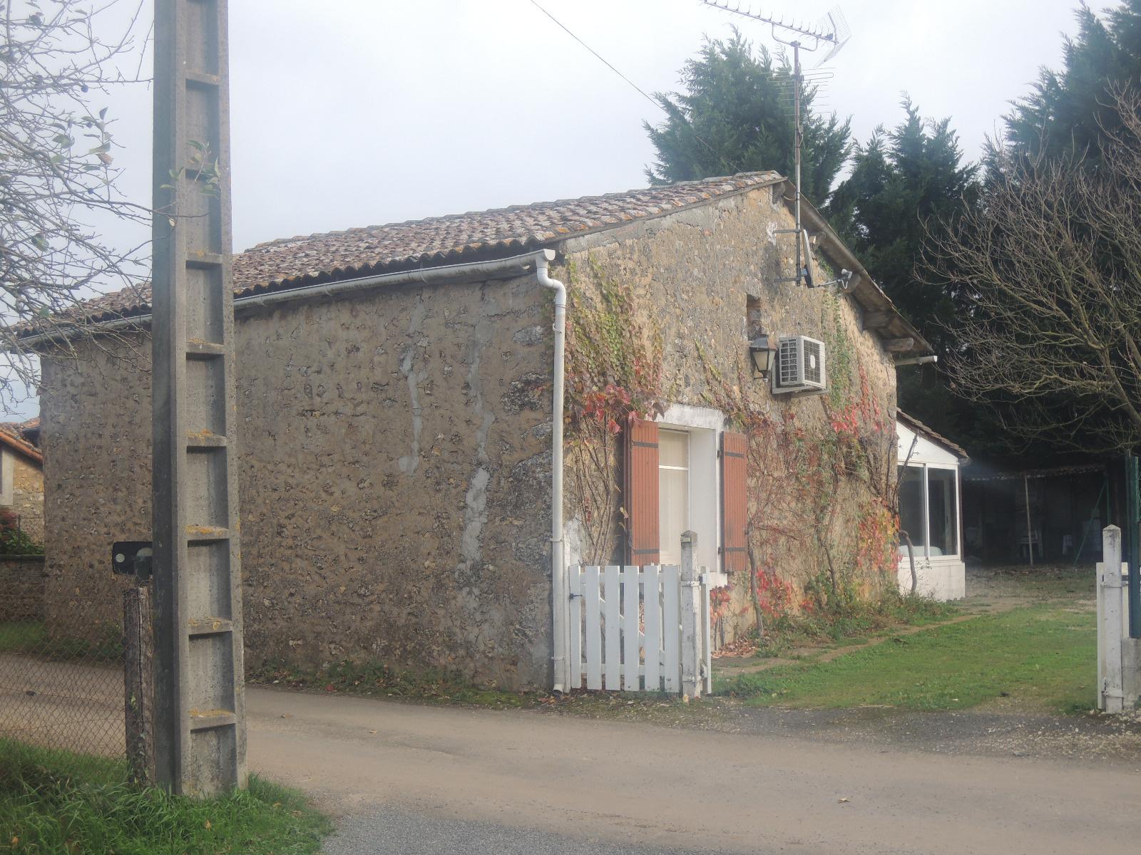 Achat maison t3 marillac le franc anb immobilier for Achat maison yvrac