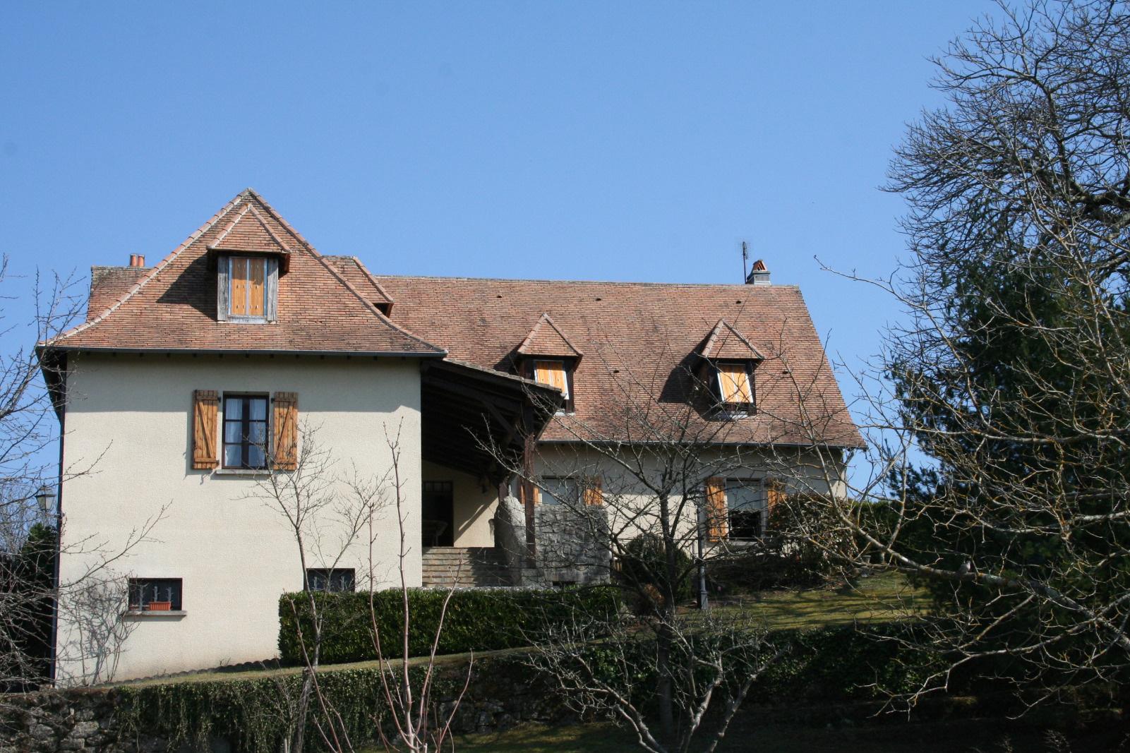 Achat maison t9 piegut pluviers anb immobilier for Achat maison yvrac