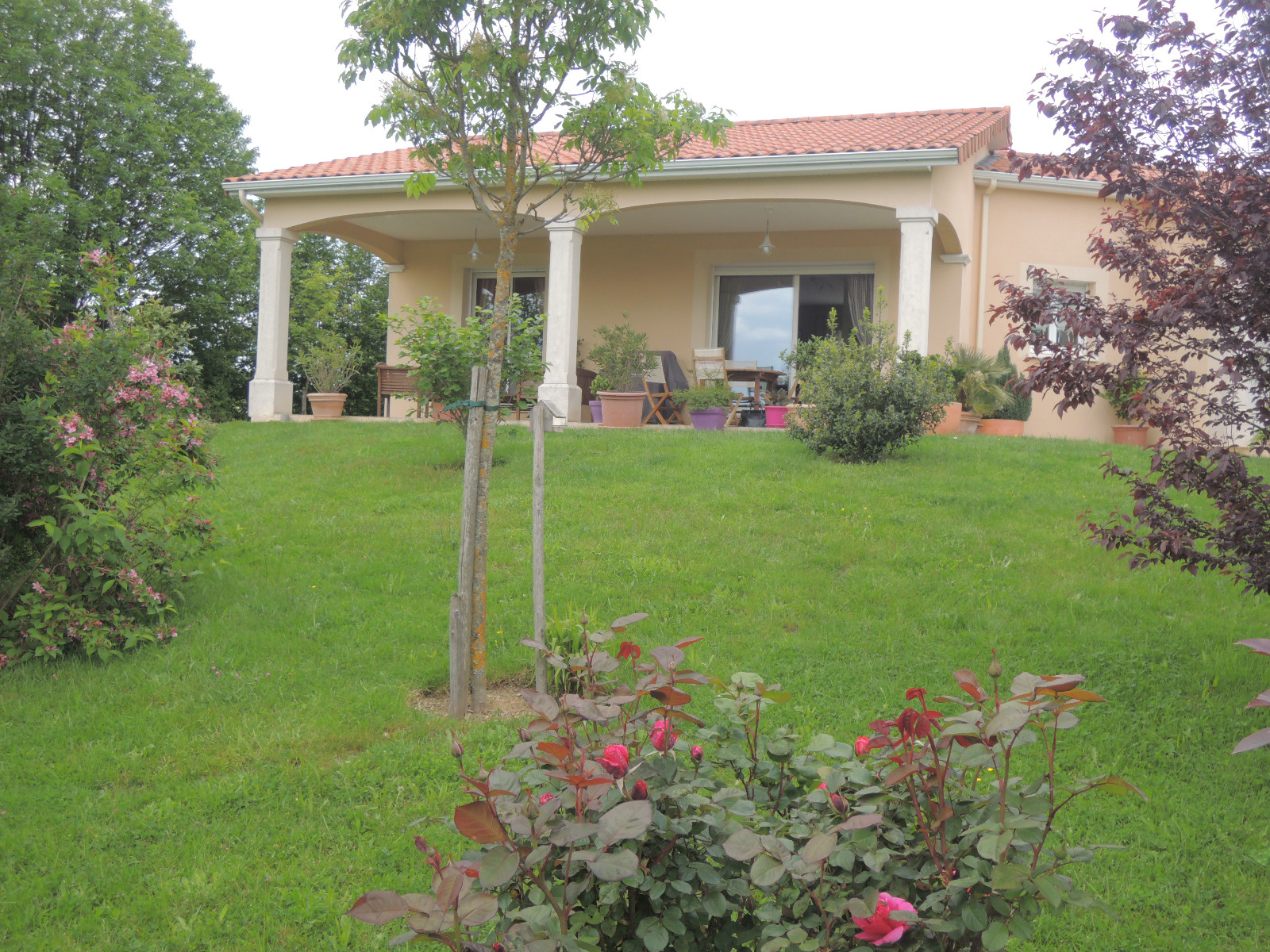Agence immobiliere montbron anb immobilier for Agence jardin immobilier
