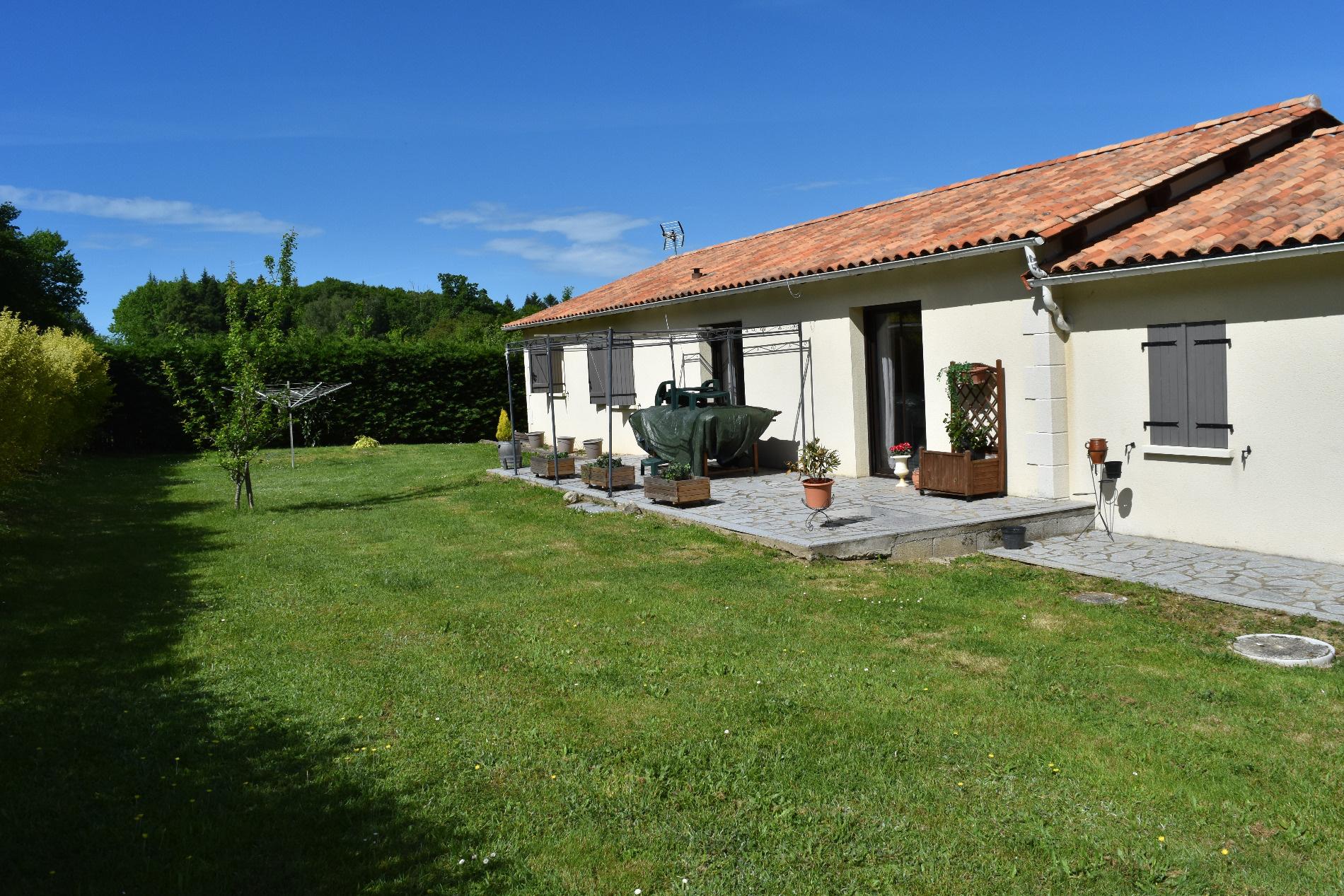 Achat maison t5 st estephe anb immobilier for Achat maison yvrac